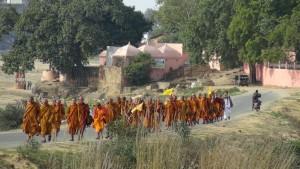 India 2558:3-5